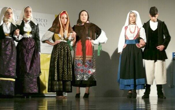 Oristano - Mossa - Festival folk 3