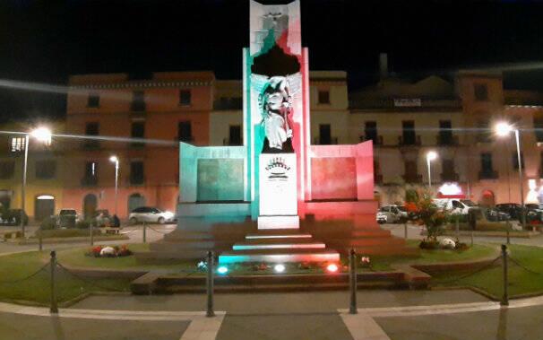 monumento-caduti-bosa-piazza