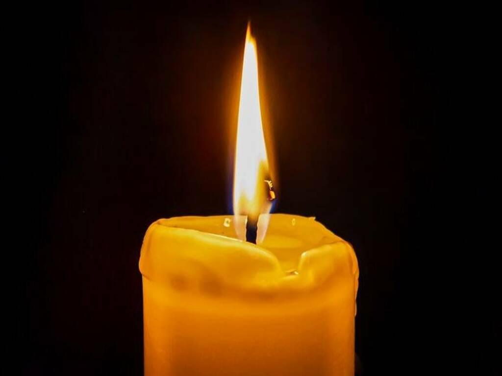 Necrologi-candela-1-1