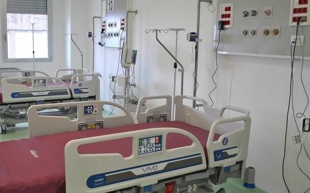Ospedale letto terapia intensiva