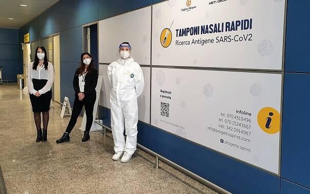 Fotografia Tamponi Aeroporto Cagliari -Elmas