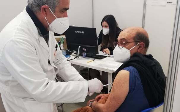 Vaccino - paziente fragile - hub Oristano