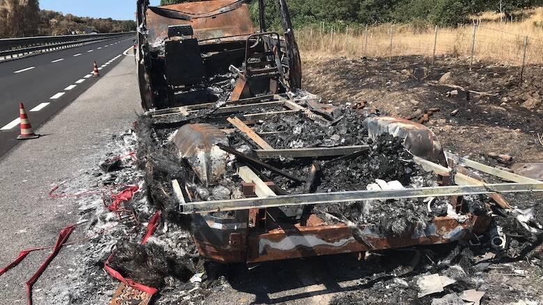 Camper bruciato Statale 131 DCN