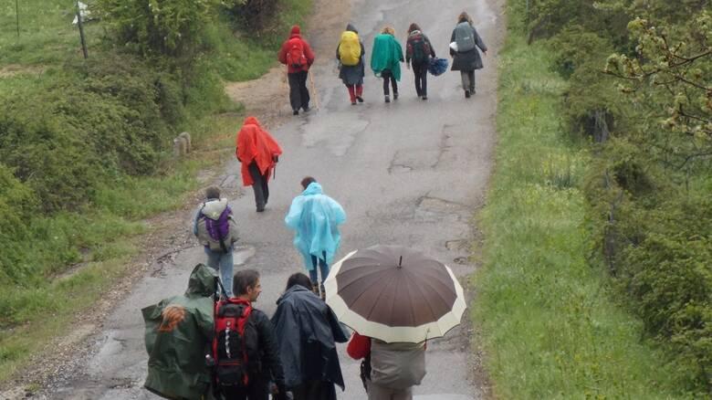 Monte gonare - camminantes - pioggia - documentario