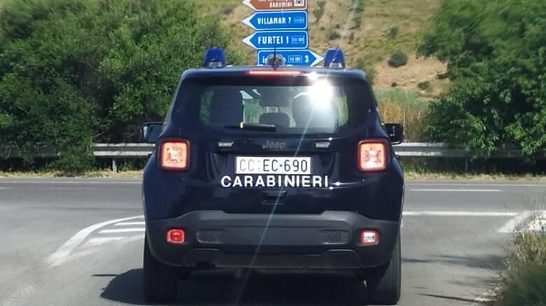 Carabinieri - strada statale - macchina