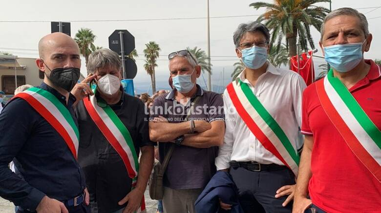Cagliari - manifestazione per la sanità - 24 settembre - sindaci oristanesi