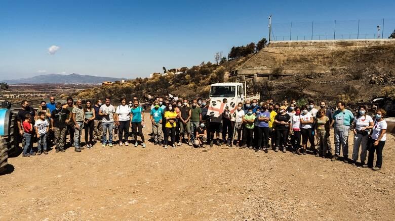 Una parte dei volontari che hanno partecipato alla giornata di raccolta a Cuglieri