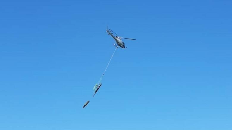 L'elicottero in volo - Foto Ufficio stampa Comune di Cabras