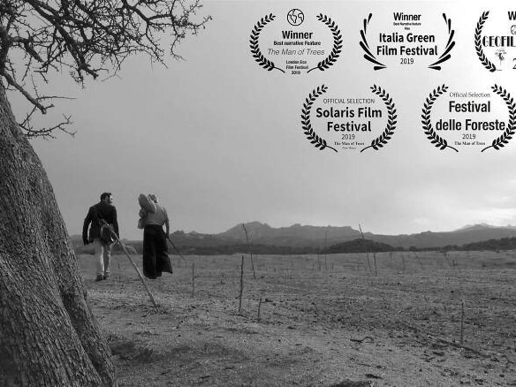 Una scena del film con Giovanni Salis e Bruno Petretto - Foto Tore Manca