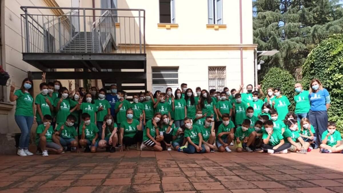 il bosco era nostro consegna magliette amministrazione comunale agli studenti dell'istituto comprensivo di santu lussurgiu