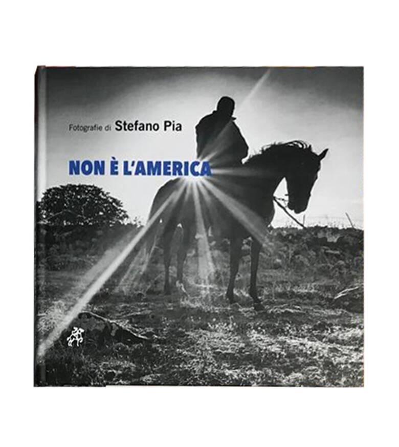 Mogoro - Non è l'America - Foto Stefano Pia - copertina libro
