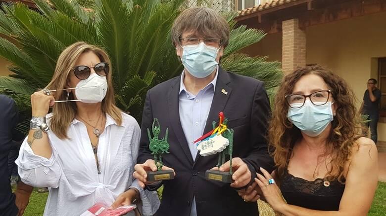 Oristano - Carles Piugdemont con indipendentisti