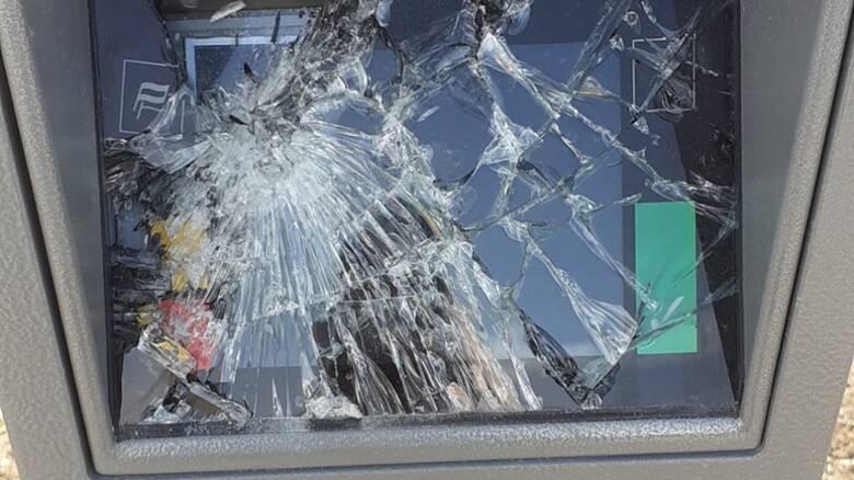 San Giovanni di Sinis - parcometro danneggiato