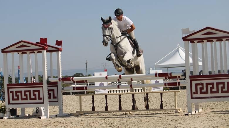 Equitazione - un salto di addestramento