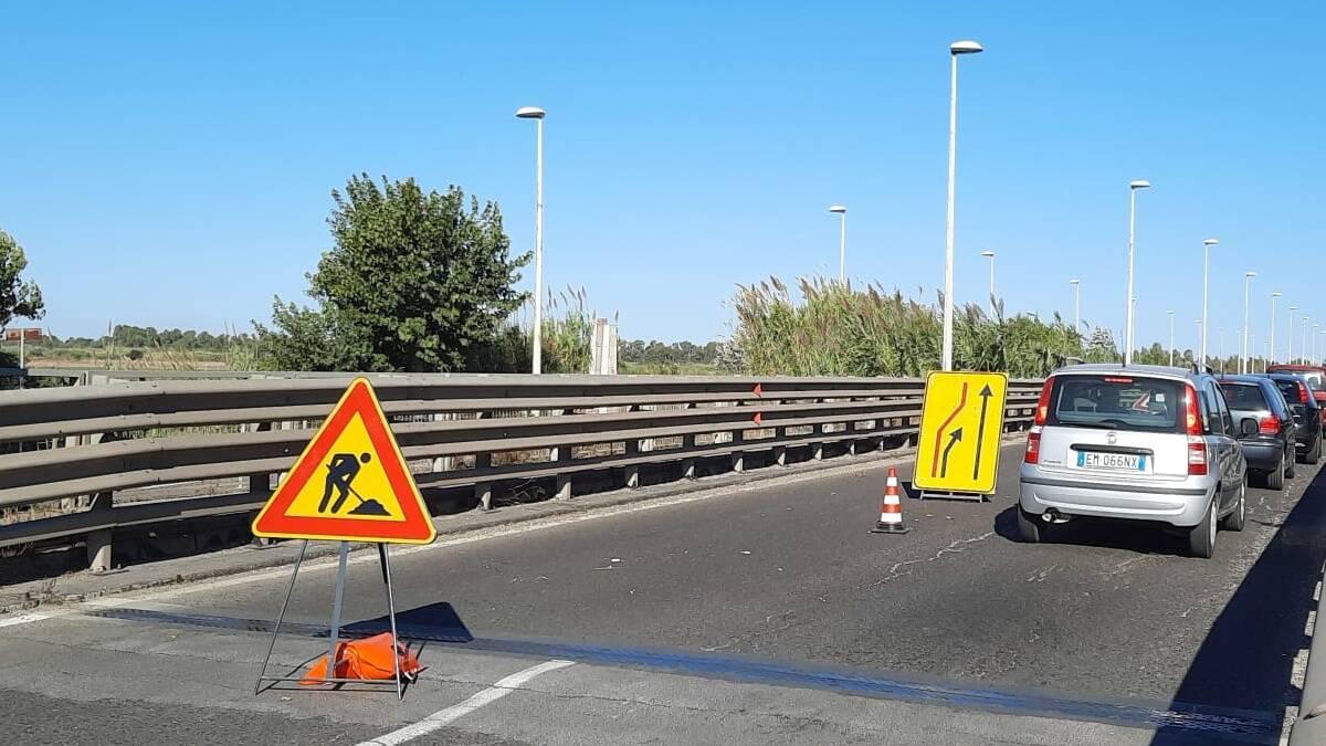 Ponte sul Tirso, una corsia chiusa per controlli di sicurezza